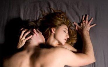 sexo entre duas mulheres